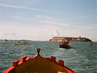 A wonderful boat trip to discover the beauty of the Venetian lagoon